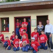 Team Jugendfeuerwehr Oberlichtenau; Bushäuschen verschönern